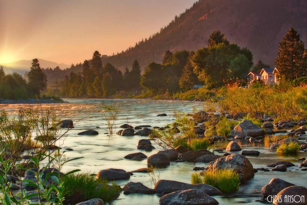 CO-PS-ORTON-CLARITY-IMG_3761-Sunrise over the Wenatchee River in summer during a forest fire-V2-1-1